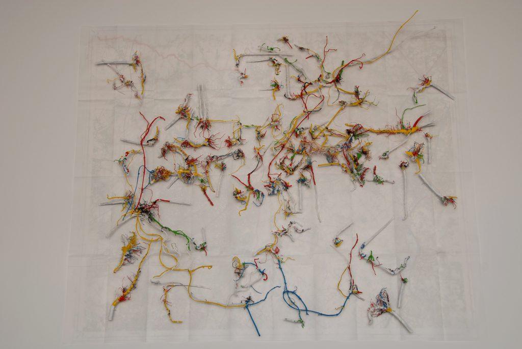 Bois acrylique et papier / 170 x 110 cm / 2007 /photo: Caroline léger